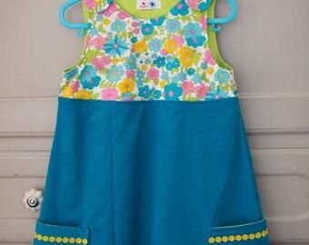 Girls flowery dress