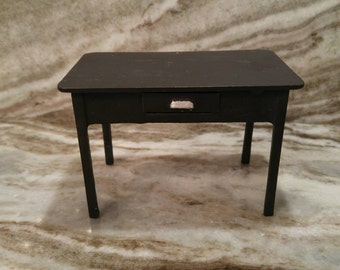 Darling Vintage Cast Iron Doll House Desk with drawer by ARCADE Freeport IL
