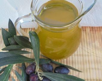 Greek Extra Virgin Olive Oil. Fresh Oil, 100% Pure Olive Oil, Koroneiki variety. Greek Healthy Food