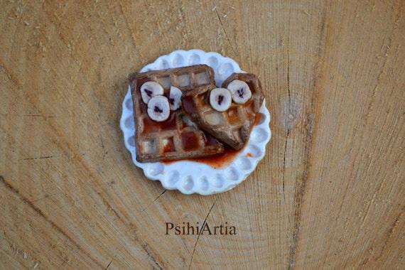 Food magnet Polymer clay magnet Waffles magnet Polymer clay waffles Polymer clay food Kitchen magnets Kitchen decor Fridge magnet