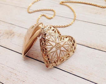 Gold Heart Locket / Mother of the Bride Gift / Engraved Heart Locket / Mom Wedding Gift. Bride gift from Mom