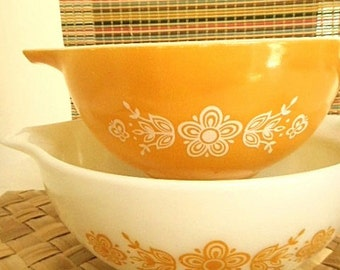 Pyrex USA Butterfly Gold  Set of Two 1970s Cinderella Mixing Bowls