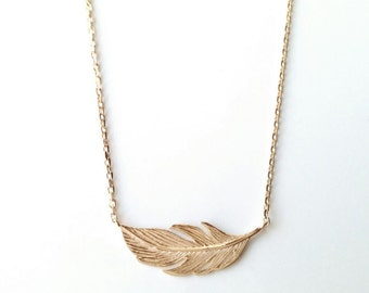 Necklace gold plated feather 750/000 - adjustable size - feathers, plume Golden - feather necklace 750 yellow gold plated
