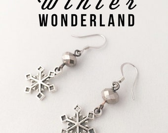 Christmas Snowflake Christmas Earrings - Winter Snowflake Earring - Silver Snowflake Earrings - Hypoallergenic Earrings