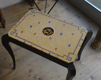 Coffee table tiled