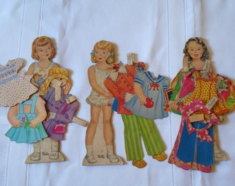 Lot of 1940's Paper Dolls