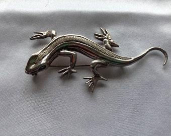 Silver Gecko Pin