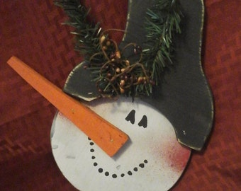 Snowman head  with pip