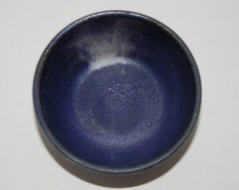 Ceramic pottery bowl. Small bowl.