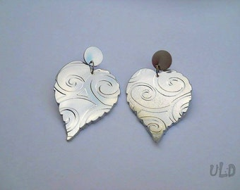 Metallic Leaf Leather Earrings - 3rd Anniversary gift for her - Romantic - Special - Ooak - Extraordinary - Hand cut