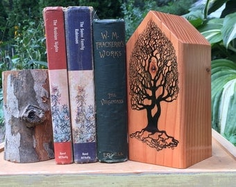 Woodsy bookend