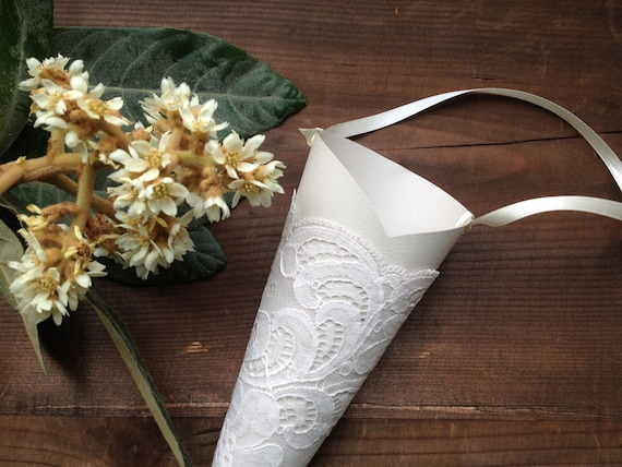 Paper cones for flower petals idealstalist paper cones for flower petals mightylinksfo