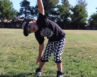Boys joggers- boys leggings- baby boy pants- monochrome pants- toddler leggings- kids leggings- boy clothes- black and white triangle checks