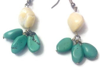 Earring genuine turquoise and Pearl mother of Pearl
