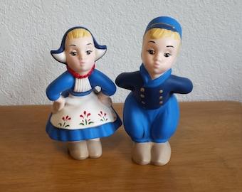 Ceramic Small Dutch Couple (#98)