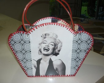 Retro style bag with iconic Marilyn Monroe images.