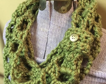 Chunky Olive Green Infinity Scarf