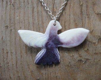 Beautiful wampum quahog shell bird pendant, hand carved and drilled, wampum shell jewelry