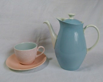"""Wedgwood Coffee Pot """"Summer Sky"""" Etruria & Barlaston 1950's Pale Blue and White Retro Kitchen Morning Coffee British Vintage Made in England"""