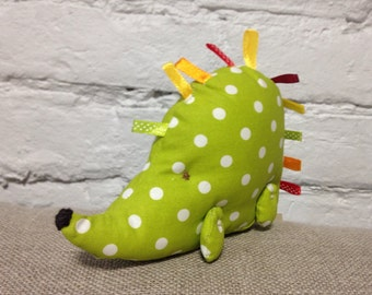 Green polka dot porkypine