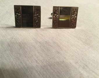 SALE **** LAMODE Sterling Silver Cuff Links with Flower Etching.