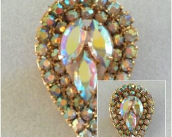 Vintage Sparkling Aurora Borealis Crystal Brooch