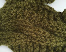 Women's Infinity Scarf- Hand Knit with Chunky Yarn, Wool Scarf with Bulky Cables, Forest Green Cowl, Makes Great Gift for Women
