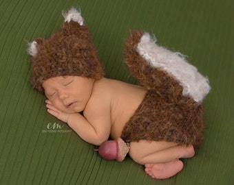 Baby Squirrel Picture Outfit - New Baby Gift - Woodland Baby Nursery - Baby Shower Gift - Newborn Outfit Sets - Newborn Photo Prop - Baby