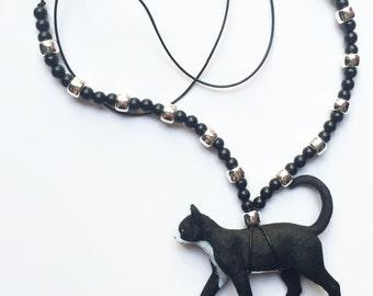 children's beaded necklace / black cat