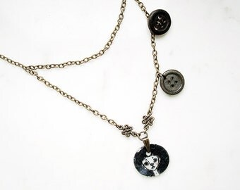 Girl and buttons necklace