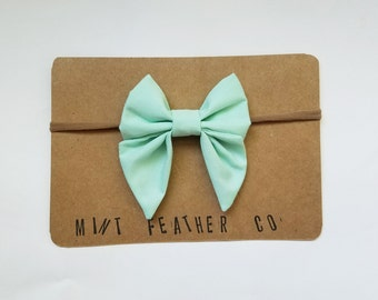 Solid Mint Medium Bow - The Mary