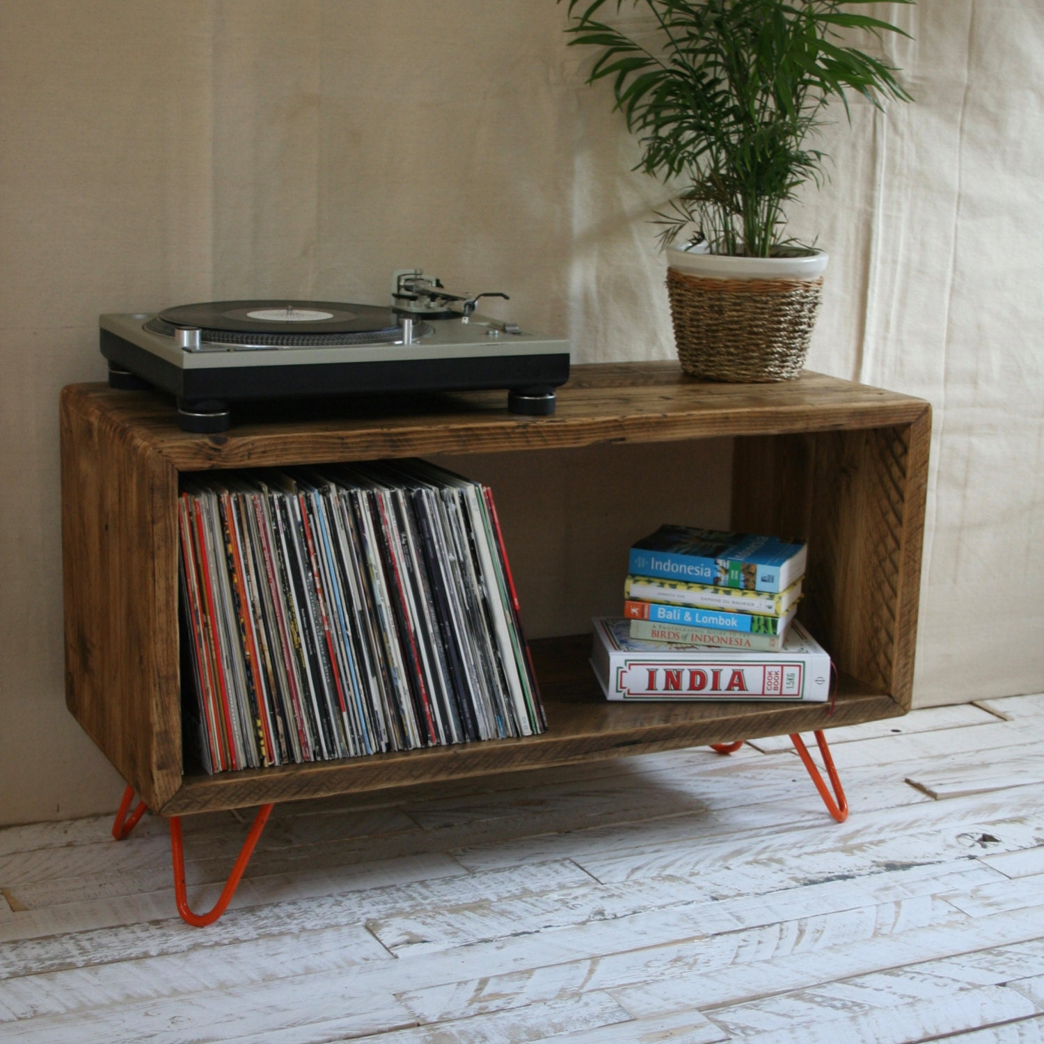 Rustic Industrial Hairpin Leg Scaffold Board Record Player