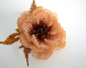 Flower brooch Beaded Brooch, decoration for clothing, weaving with beads