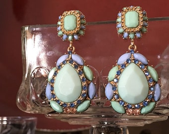 Drop earrings with gorgeous colors!!!