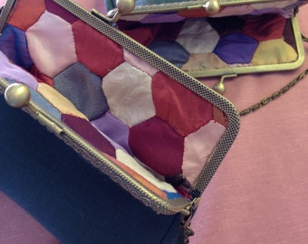 Vintage style cross body purse with patchwork lining