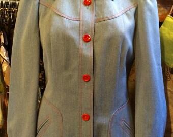 1970's narrowed waist denim jacket. Size S.