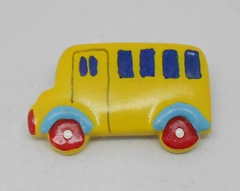 Vintage Figural Yellow School bus Brooch
