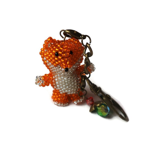 beaded fox made by toho seed with by branchbeads