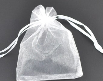 25 Organza bags, white organza bags 9cm x 7cm, party favor bags, jewelry bags, mesh bags, wedding favor bags, 7738