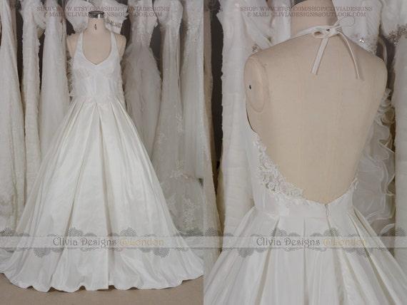 Sexy Backless Taffeta Ballgown Wedding Dress Simple Low Back Retro Open