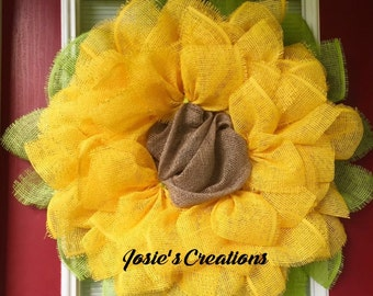 Yellow sunflower wreath