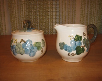 Vintage Metlox PoppyTrail Blue Grape Vernwear Creamer n Sugar Set