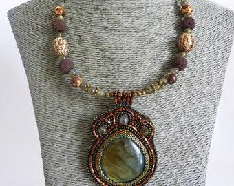 Ethnic necklace embroidered Pearl, labradorite cabochon