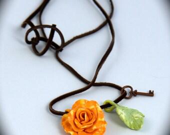 Mellon-orange, rose neckless