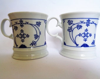 Vintage Coffee Mugs, Germany, Blue White Cups, Set of Two, Straw Flower Cups, China Cups, J & L Spulmaschinenfest