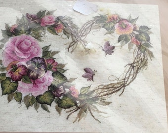 """Plaid Bucilla Counted Cross Stitch Kit 43092 Grapevine Wreath With Floral Donna Dewberry New Sealed 14"""" x 11 """""""