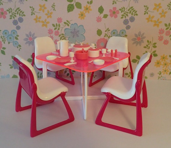 Mattel Barbie Dream Furniture Collection Dining Room Table And