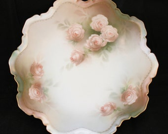 """Vintage Reinhold Schlegelmilch RS Prussia Floral Scalloped Center Bowl Satin Finish Gilt Hand-painted Pink Roses 10"""" Diameter x 2.75"""" Tall"""