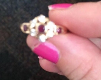 Diamond and ruby gold ring