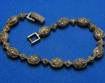 Vintage Art Deco Style Fabulous Sterling Silver Marcasite Bracelet